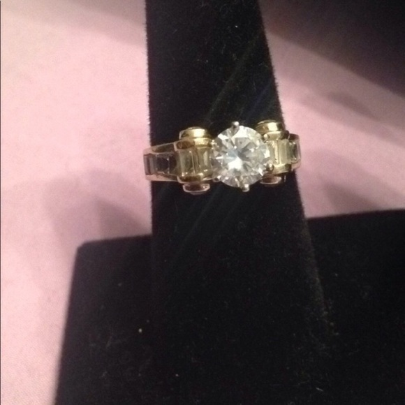 52a69d8be Unbranded Jewelry | 14kt Yg Scrolls Ring 15ct Feature Stone 4kt Rest ...